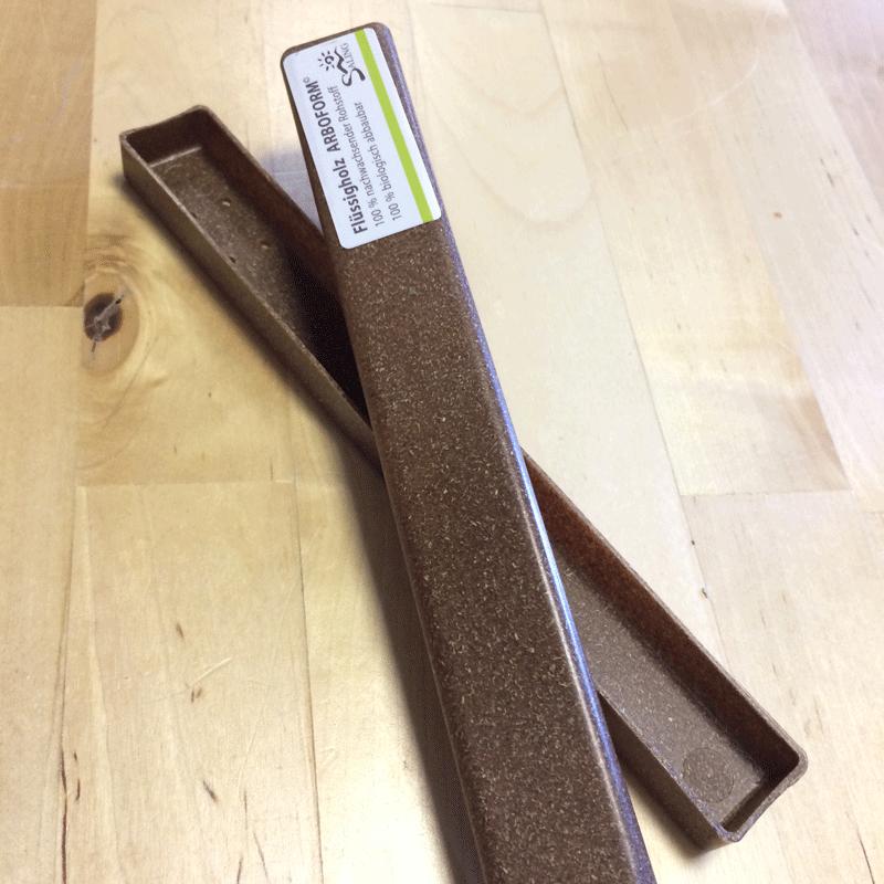 Zahnbürstendose aus Flüssigholz